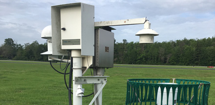 Image of a temperature monitor at a weather station