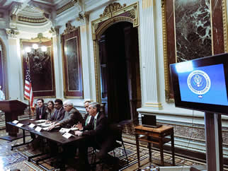 Balbus (right) presented the latest climate and health tools at the White House