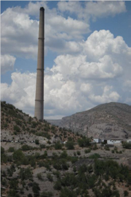 Hayden smelter stack (Image courtesy Eric Betterton)