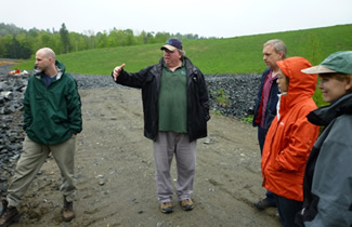 Ed Hathaway (second from left) describes the remediation process at the Elizabeth Mine Superfund site to Dartmouth SRP grantees.