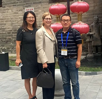Teresa Woodruff and colleagues in China