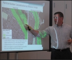Kevin Lane discusses with community members how ultrafine particulate matter spreads across the CAFEH study areas.